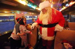 Polar Express begins trips in St. Louis