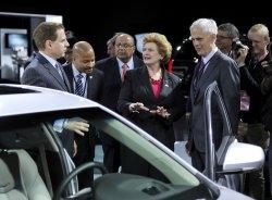 Stabenow, Bryson visit Cadillac exhibit at NAIAS in Detroit