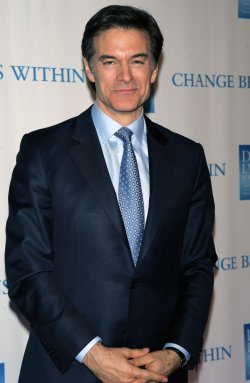 "Dr. Oz arrives for the 2nd Annual ""Change Begins Within"" Benefit in New York"