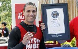 Anthony Brooks break Guinness Record for most Rubik's cubes solved underwater