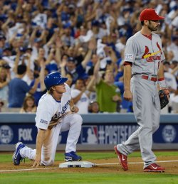 NLDS Game 2 St. Louis Cardinals at Los Angeles Dodgers
