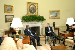 President Bush meets with Uganda President Museveni in Washington