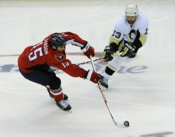 Pittsburgh Penguins vs Washington Capitals NHL Eastern Conference Semifinals in Washington