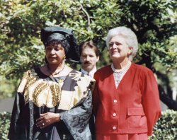 First Ladys Apart of White House Audience for Mandela and Bush