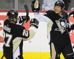 Penguins Parks celebrates goal in Pittsburgh