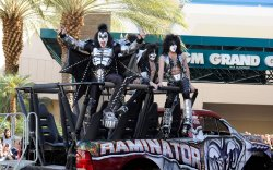 R) Musicians Gene Simmons, Eric Singer and Paul Stanley of the band KISS arrive at the Academy of Country Music Awards in Las Vegas