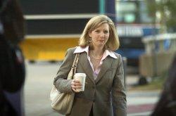 KATHRYN RUEMMLER WALKS TO COURT HOUSE