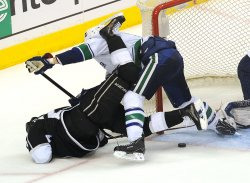 Vancouver Canucks against the Los Angeles Kings in game 4 the Western Conference playoff series in Los Angeles