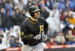 Pirates Walker hits grand slam against Cubs in Chicago