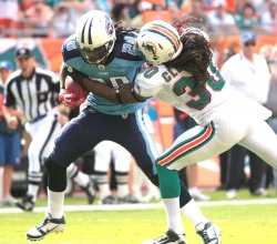 Tennessee Titans at Miami Dolphins. NFL divisional game week 10 at Sun Life Stadium