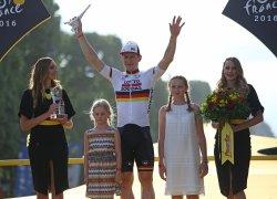 Andre Greipel wins final stage of Tour de France in Paris