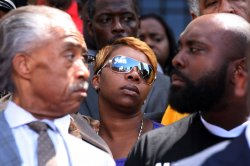 Rev. Al Sharpton makes visit to St.. Louis