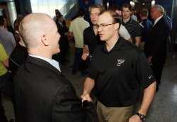 St. Louis Blues ownership honors Keith Tkachuk