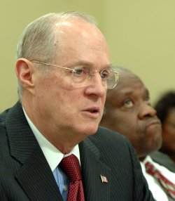 KENNEDY, THOMAS DISCUSS FY2007 SUPREME COURT BUDGET