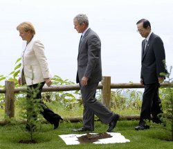 G8 leaders attend a tree planting ceremony at the G8 Hokkaido Toyako Summit