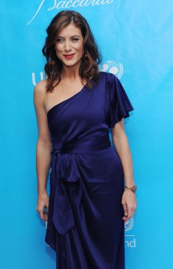 Kate Walsh attends the UNICEF Ball in Beverly Hills, California