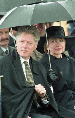 U.S. President Bill Clinton visits Oxford, England