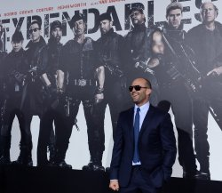 """Jason Statham attends """"The Expendables 2"""" premiere in Los Angeles"""