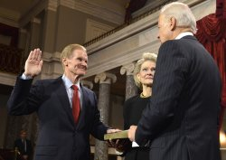 Newly- reelected Sen. Bill Nelson sworn in to begin 113th Congress on Capitol Hill