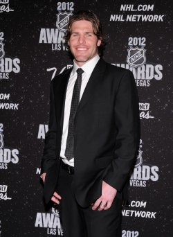 Mike Fisher arrives at the 2012 NHL Awards in Las Vegas