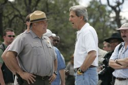 JOHN KERRY VISITS THE GRAND CANYON, AZ