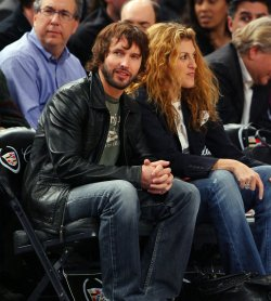 James Blunt at the Golden State Warriors New York Knicks game