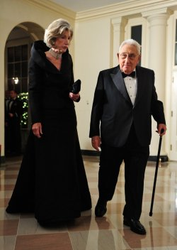 Henry Kissinger arrives for the State Dinner for President Hu Jintao of China in Washington