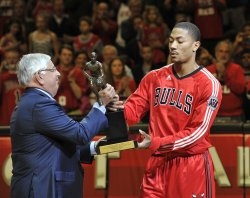 Stern presents MVP trophy to Bulls Rose in Chicago
