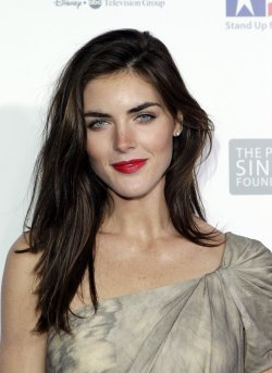 Hilary Rhoda arrives at the Stand Up For Heros Event at the Beacon Theatre in New York