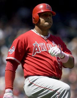 Los Angeles Angels Bobby Abreu reacts to lining out to the Seattle Mariners shortstop.