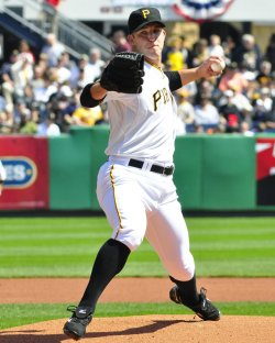 Pitcher Paul Maholm Starts against Rookies in Pittsburgh
