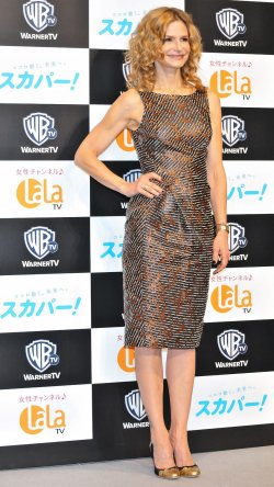 Kyra Sedgwick prmotes in Tokyo