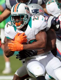 Miami Dolphins vs.New England Patriots in Miami