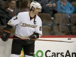 Ducks Niedermayer Bounces Puck Off Stick in Denver