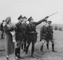 Queen Elizabeth and King George VI inspect a Southern Forward Command Post durign the Second World War