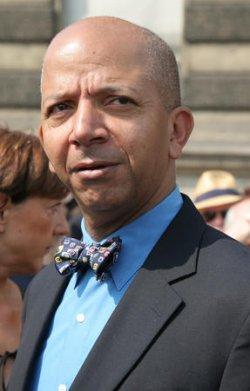 THOMAS JEFFERSON STATUE DEDICATED IN PARIS