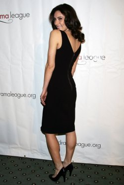 Laura Benanti arrives for the Drama League Benefit Gala in New York