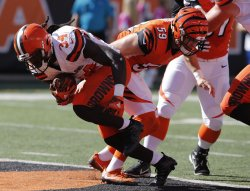 Browns Isaiah Crowell runs in for the touchdown