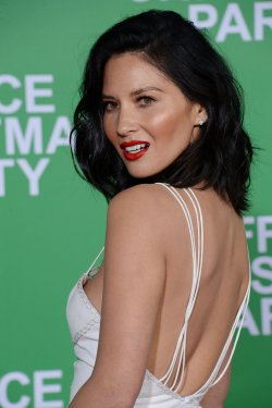 """Olivia Munn attends the """"Office Christmas Party"""" premiere in Los Angeles"""