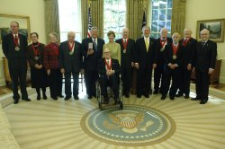 PRESIDENT BUSH GIVES NATIONAL HUMANITIES MEDALS