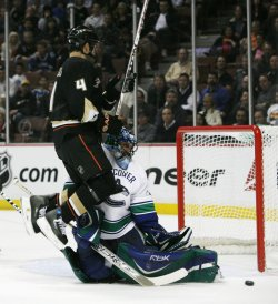 Anaheim Ducks vs Vancouver Canucks