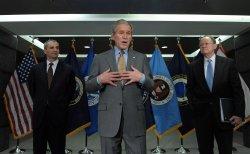 Bush visits National Counterrerrorism Center in Virginia