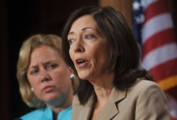 Sen. Maria Cantwell speaks on the Senates passage of the Small Business Lending bill in Washington
