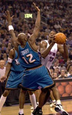 Detroit Pistons defeat Toronto Raptors 104-95
