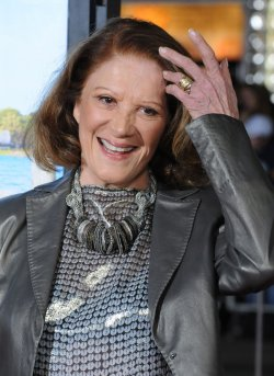 "Linda Lavin arrives at the ""Wanderlust"" premiere in Los Angeles"