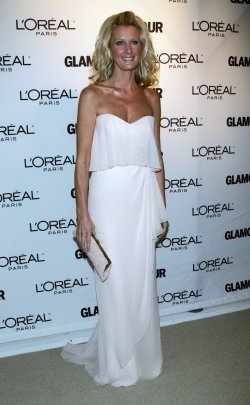Sandra Lee arrives for Glamour Magazine's 20th Annual Women of the Year Awards in New York