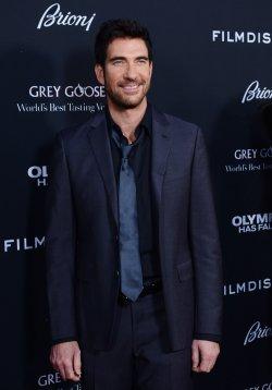 "Dylan McDermott attends the ""Olympus Has Fallen"" premiere in Los Angeles"