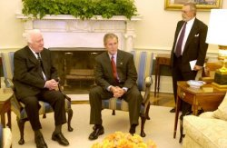 Bush meets with Georgian President