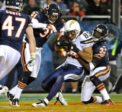 Chargers Jackson scores against Bears in Chicago