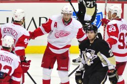 Red Wings Datsyuk Ties Game in Second Period in Pittsburgh